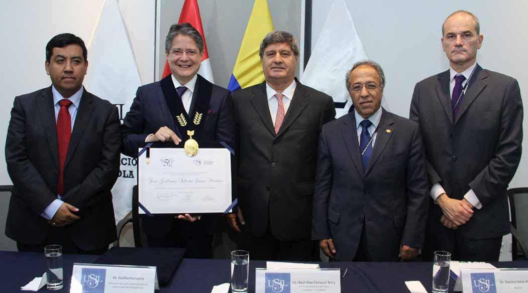 Guillermo Lasso profesor honorario USIL