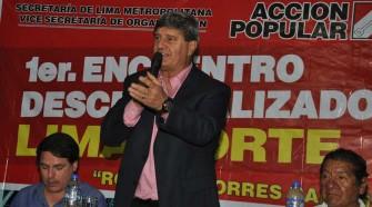"""""""El mensaje del presidente Belaunde sigue vigente"""", sostuvo Raúl Diez Canseco"""
