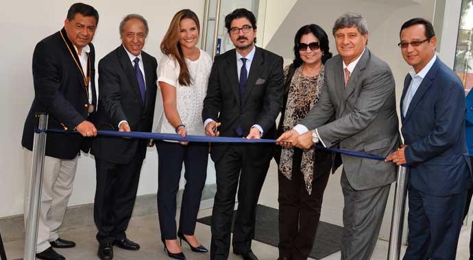 http://www.rauldiezcansecoterry.com/wp-content/uploads/2015/07/inauguracion-pachacama-latin-biz.jpg