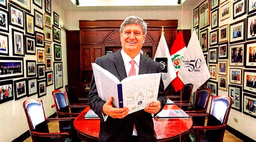 http://www.rauldiezcansecoterry.com/wp-content/uploads/2017/08/raul-diez-canseco-entrevista-america-economia-1050x583.jpg