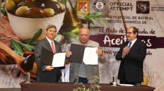 """USIL y la Municipalidad de Tacna buscan obtener un nuevo Récord Guinness para el Perú con """"El Plato de Ensalada de Aceitunas Más Grande del Mundo"""""""