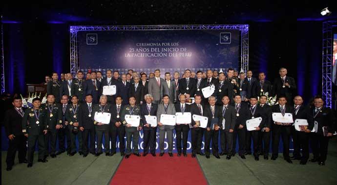 ceremonia-homenaje-usil-al-gein-1